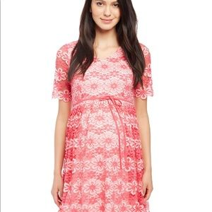 🤰🏻NEW LISTING🤰🏻NWT Maternity Lace Dress